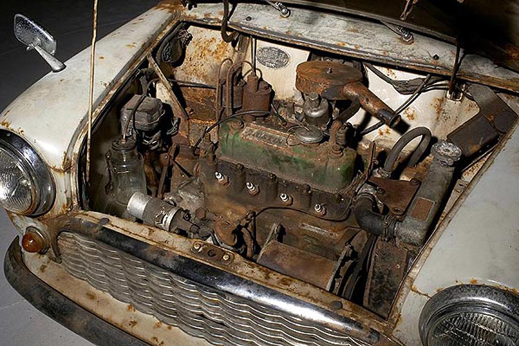 Mini de 1959 não restaurado vendido por mais de 50 000 Euros