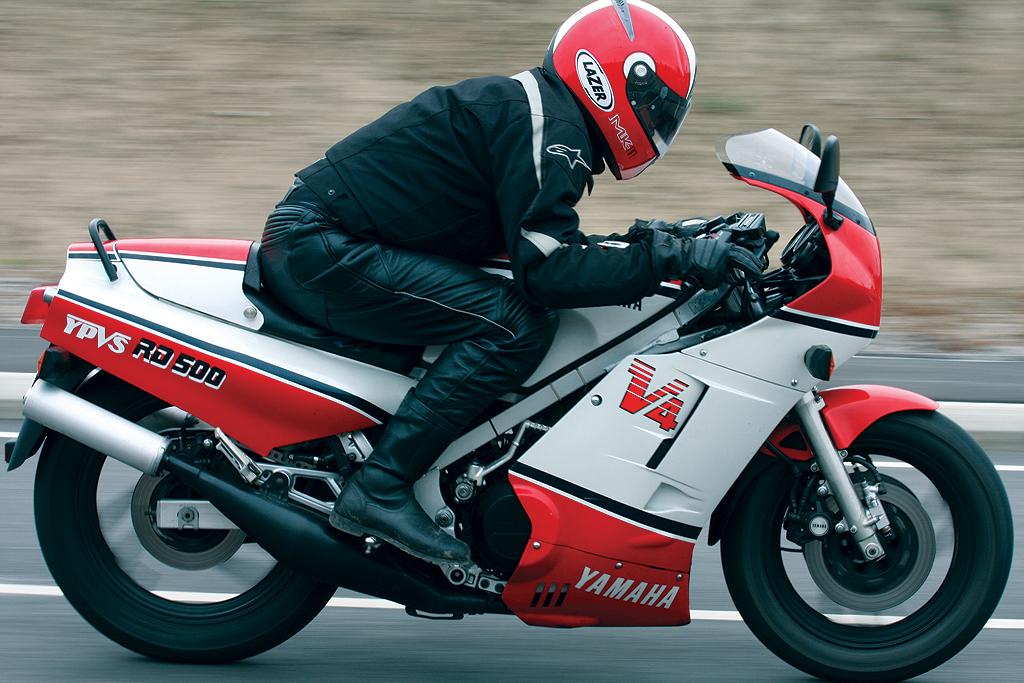 honda - Motas que marcaram o motociclismo! - Página 3 RD500-099