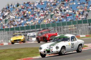 Silverstone Classic com mais de 1000 carros em pista