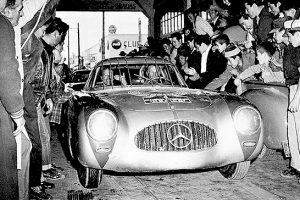"""""""60 anos do SL"""": Mercedes-Benz comemora dupla vitória na Carrera Panamericana"""