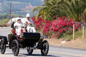 Pela América num Oldsmobile com 110 anos