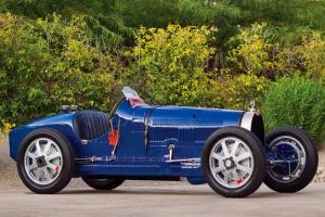 Bugatti Type 35B leiloado por mais de meio milhão em Phoenix