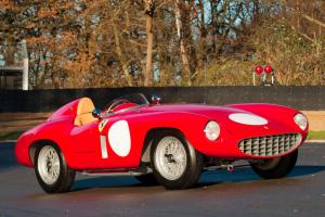 Ferrari 750 Monza Spider vendido por €1.960.000 (com Vídeo)
