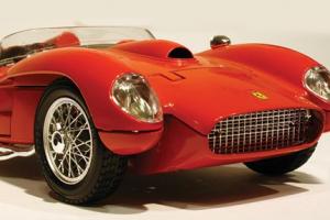 Museu da Miniatura Automóvel inaugura novas colecções