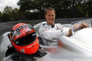 """Schumacher mostra """"sinais de consciência"""" depois de 3 meses em coma"""