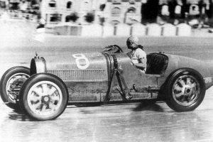 Lendas da Competição: Bugatti Type 35B (1930)