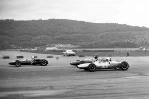 O caminho até à F1: Tim Mayer e Peter Revson