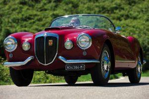 Lancia Aurelia B24 Spider America vendido por mais de meio milhão de libras
