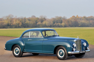RM Auctions leiloa Bentley R-Type Continental