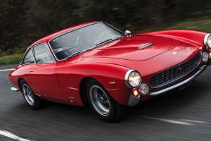 Ferrari 250 GT/L 'Lusso' Berlinetta arrematado por mais de um milhão e meio de euros