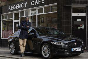 De Londres a Berlim: Idris Elba e o novo Jaguar XE (com Vídeo)