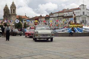 Automóveis clássicos brilham no São João de Braga