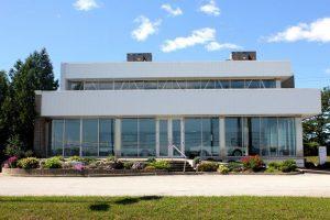 Concessionária BMW no Canadá está intacta desde 1988