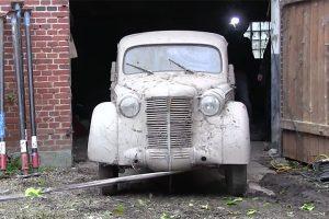 Automóveis clássicos guardados durante décadas voltam a ver a luz do dia (com Vídeo)