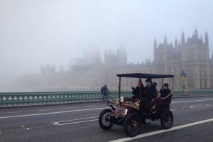 Londres-Brighton: nem o nevoeiro desviou as atenções (com Vídeo)