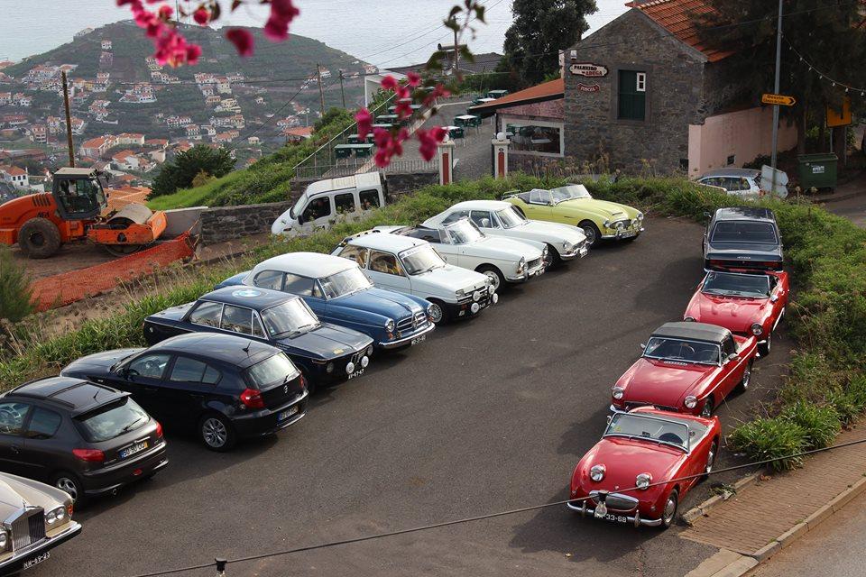 Clube de Automóveis Clássicos da Madeira celebra o Natal em convívio