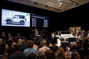 Defender '2.000.000' vendido por mais de meio milhão de euros