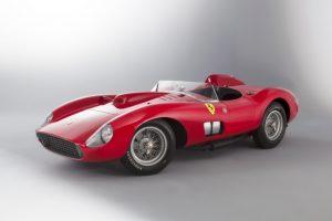 Recorde mundial: Ferrari 335 Spider vendido por mais de €32 milhões