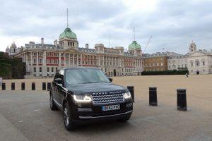 Range Rover Vogue SE do Príncipe William vai a leilão