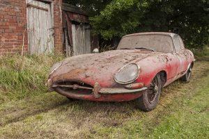 Jaguar encontrado após 40 anos procura novo proprietário