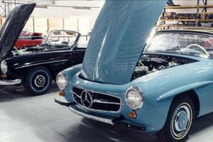 Dentro do maior restaurador de automóveis clássicos do mundo