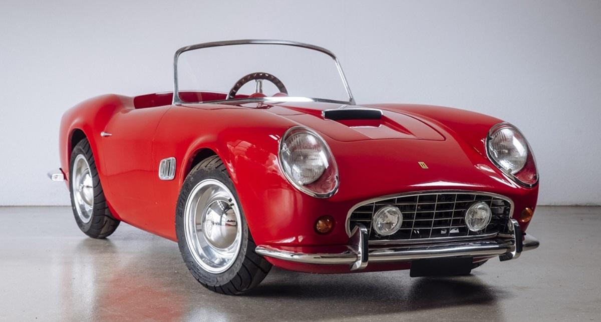Miniatura do Ferrari California Spider