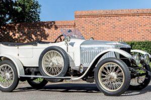1º automóvel desportivo do mundo tem 102 anos e foi leiloado por mais de 600 mil euros