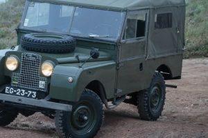 """""""Land Rover em Portugal: Series I ao Defender""""- Os 68 anos em livro"""