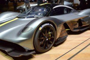 O veloz Aston Martin Valkyrie