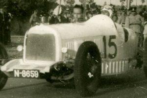 Felcom, o primeiro automóvel português
