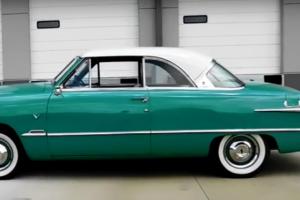 Ford Victoria de 1951 vai a leilão