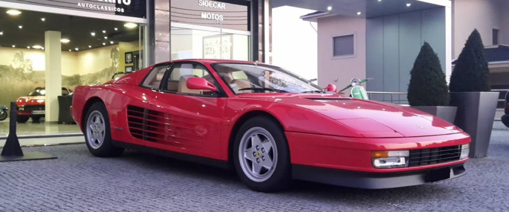 Ferrari Testarossa à venda no Showroom do Jornal dos Clássicos