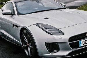 Um dia com o Jaguar F-Type 400 Sport