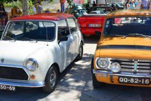 Mais de uma centena de automóveis no encontro de clássicos em Armação de Pêra