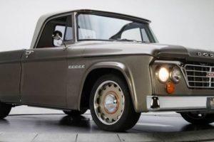 Dodge D100 de 1965 completamente restaurado