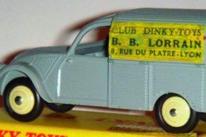 "O ""Santo Graal"" dos Dinky Toys é um Citroën 2CV"
