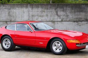Ferrari Daytona que pertenceu a Elton John vai a leilão