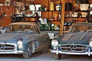 Par de Mercedes-Benz 300 SL descobertos em garagem