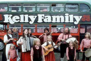 Autocarro utilizado nas digressões da banda 'The Kelly Family' em leilão internacional