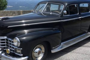 Cadillac de Salazar saíu à rua