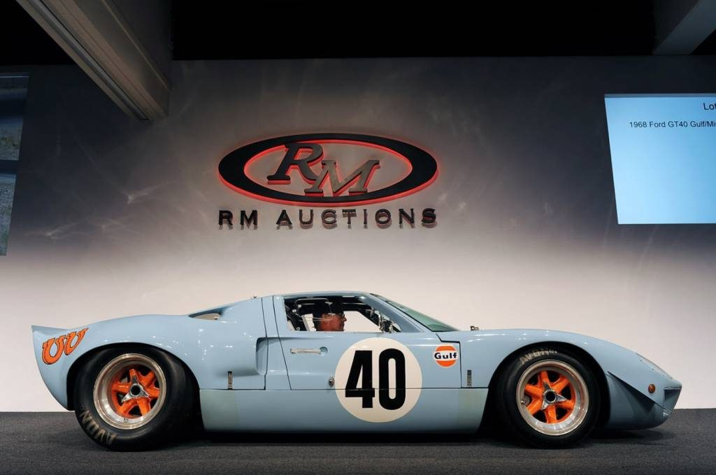 1968-ford-gt40-gulf-mirage-auctioned-for-a-record-11-million_3