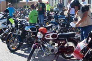 Passeio de Motorizadas e Motas Clássicas juntou 90 veículos em Vila de Rei