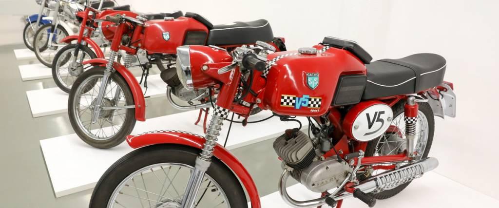 """Exposição """"Motos de Portugal"""" na Casa do Design em Matosinhos"""