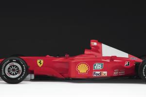Ferrari F1 de Michael Schumacher vendido por valor recorde de 7,5 milhões de dólares