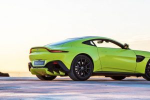 Novo Vantage, o príncipe da Aston Martin