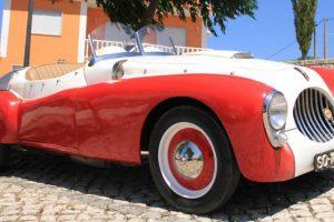 Automóvel português APM de 1937 em destaque no Salão Motorclássico