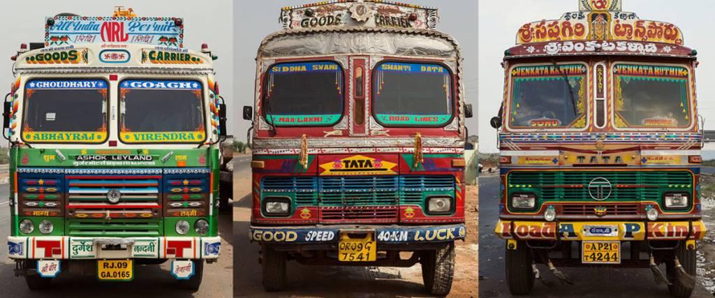 A arte psicadélica dos camiões na Índia