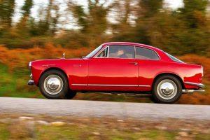 Alfa Romeo Giulietta Sprint e Giulia Spider na Topos & Clássicos