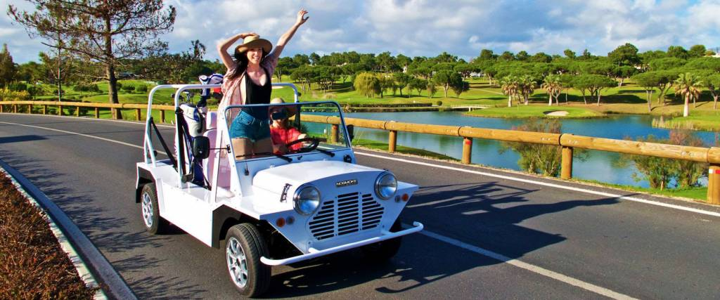 Mini Moke eléctrico começa nos 13 mil euros