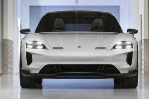 Concept do primeiro Porsche Cross-Utility Vehicle apresentado em Genebra